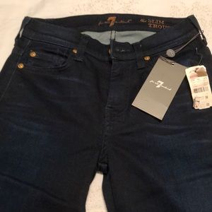 Seven 7 for all Mankind size 24 NWT